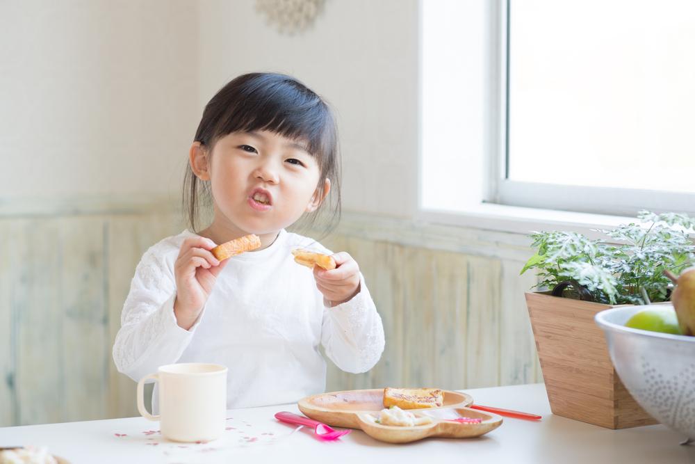 Berikan Pemahaman kepada Anak yang Susah makan