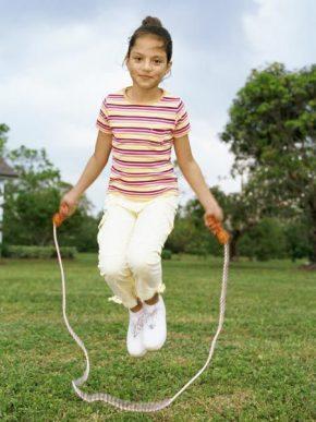 lompat tali salah satu meninggikan badan