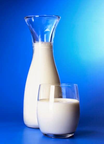 4 Tips Memilih Susu Peninggi Badan untuk Anak